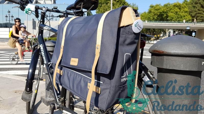 como llevar portatil en bici al trabajo