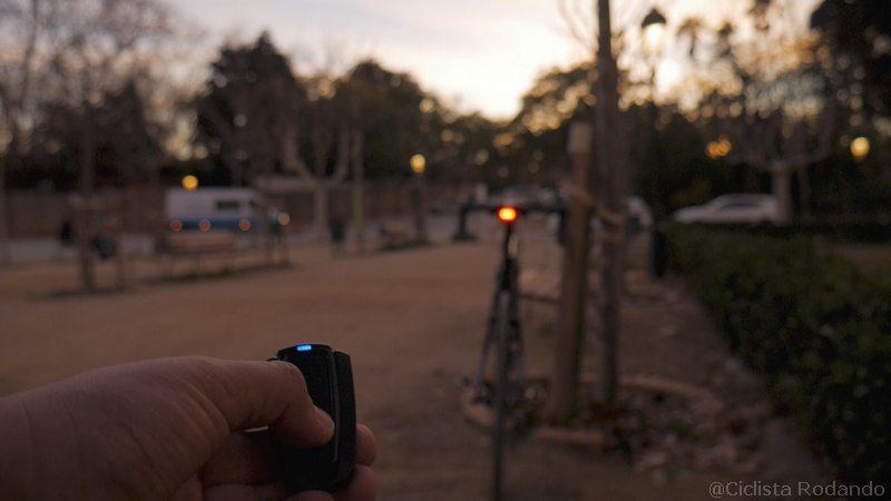 Alarma bicicleta con luz trasera timbre