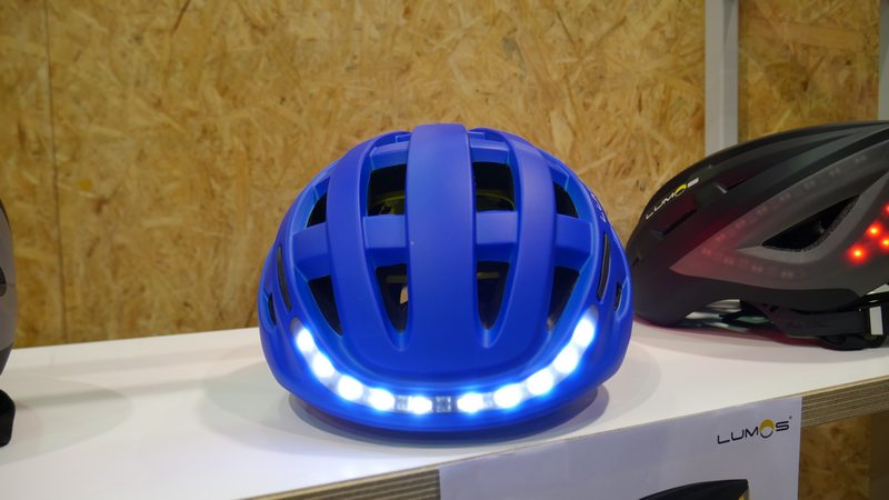 smart helmet bicycle lumos