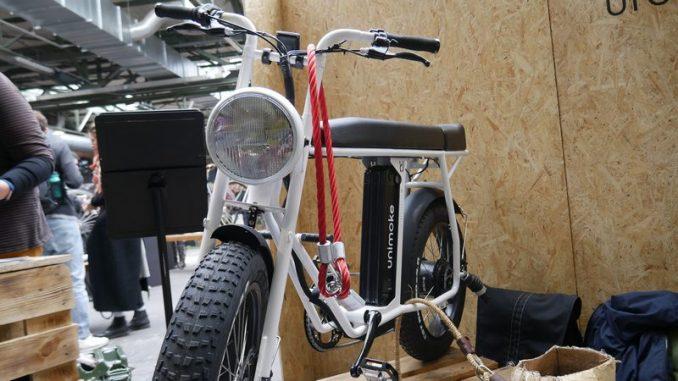 unimoke bicicleta moto