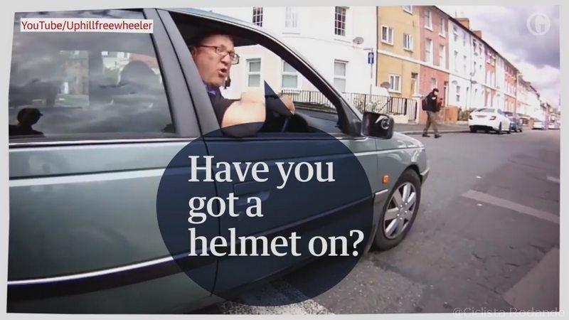 llevas casco en la bicicleta