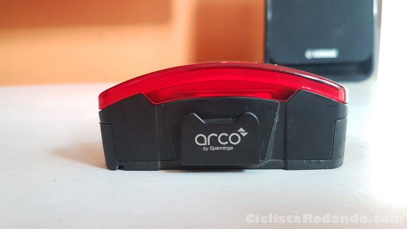 Spanninga Arco review luz trasera roja bicicleta