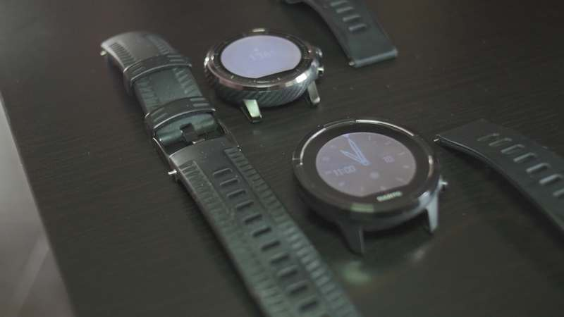 stratos 2 vs suunto 9 baro