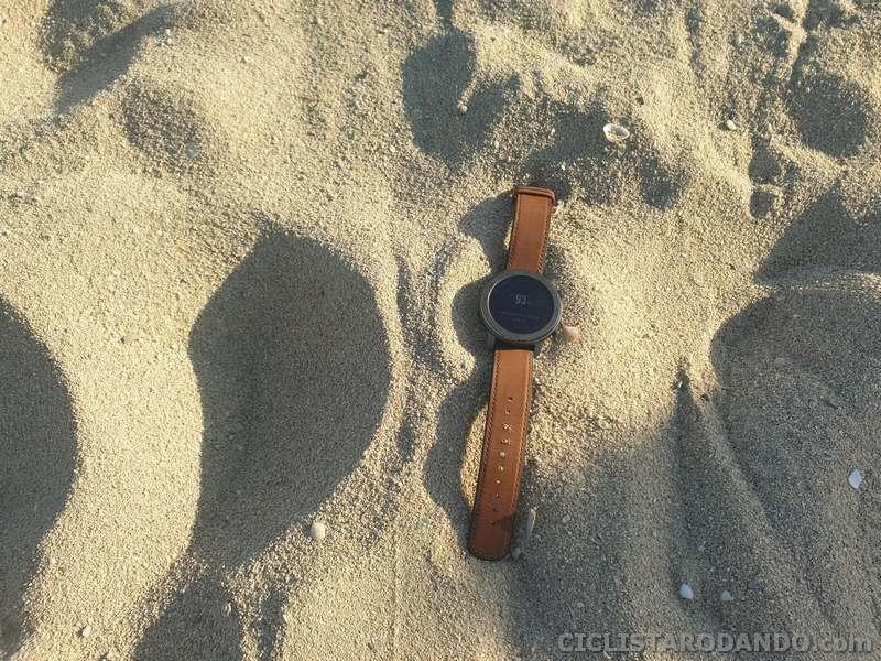 amzfit gtr playa natacion