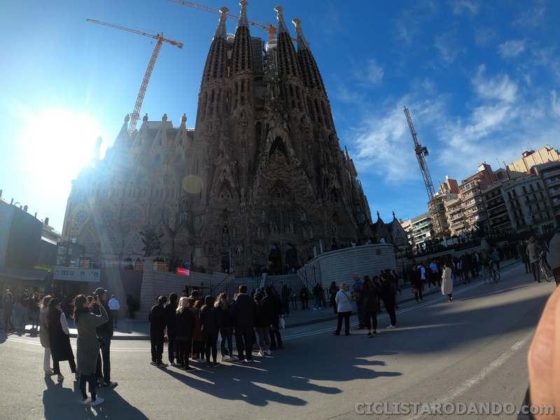 sagrada familia barcelona hero 8