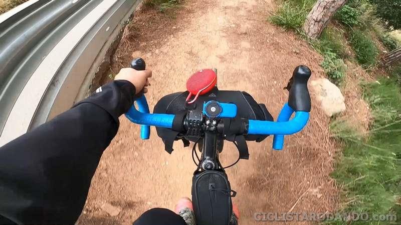 altavoz bicicleta gravel