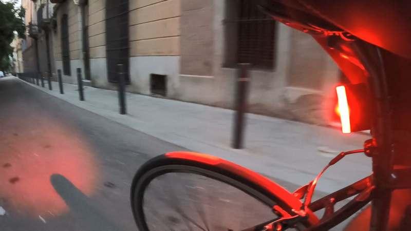 ravemen tr300 luz bicicleta de dia